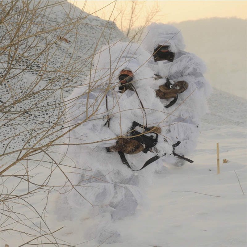 129cf7cf01507 Snow White Ghillie Suit Camouflage Suits 5pcs/Set 3D Bionic Hunting Sniper  Military Train Sniper Hunting Yowie Clothing Winter-in Hunting Ghillie Suits  from ...