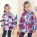 Nuevos muchachas/de los niños/niños chaqueta de primavera/otoño, 3 colores para la opción, forro polar caliente, niñas rompevientos, tamaño 98 a 146
