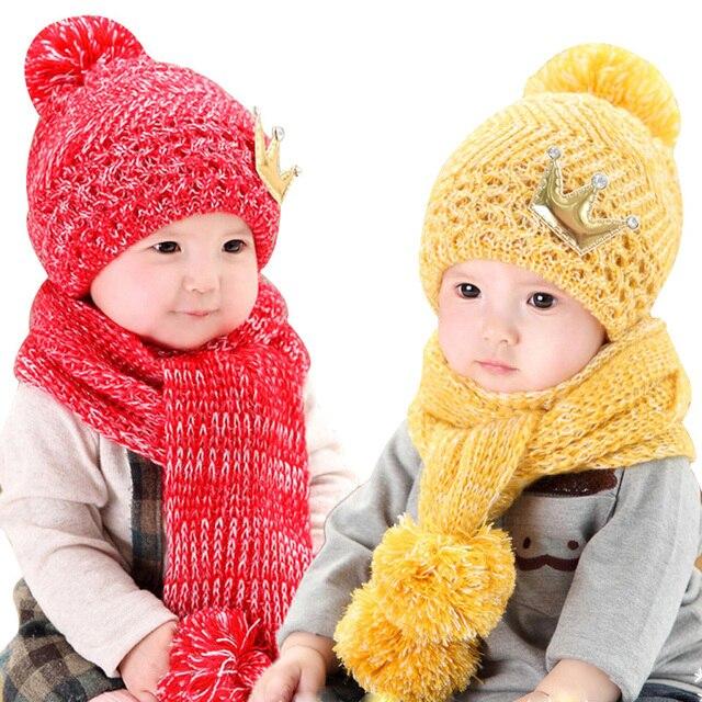 fb236a583 Ganchillo bebé sombrero y bufanda para 5 a 36 meses niño Niños Niñas corona  logo estilo