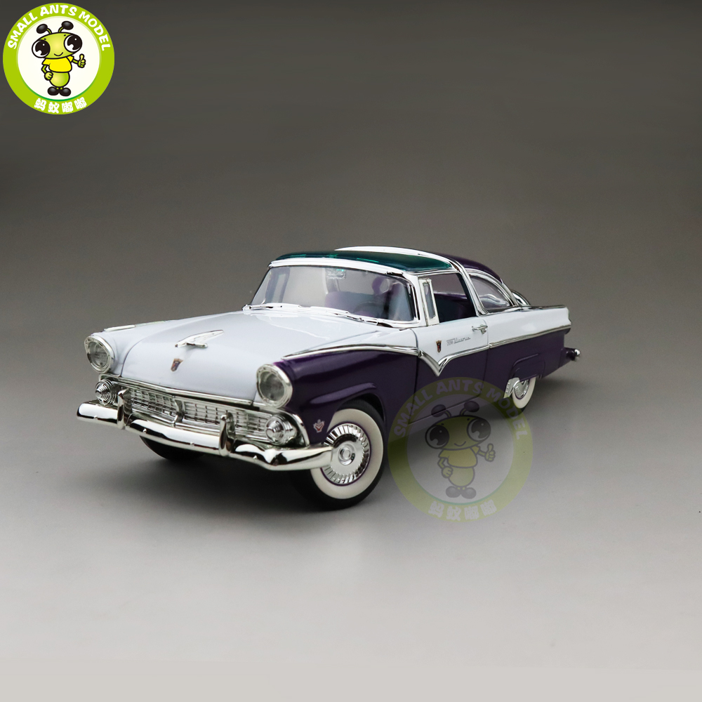 1/18 1955 Crown Victoria Road Signature Diecast Model Car Toys Boys Girls Gift