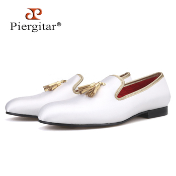Piergitar 2019 New three colors men satin shoes with leather tassel handmade men's loafers wedding and party men dress shoes