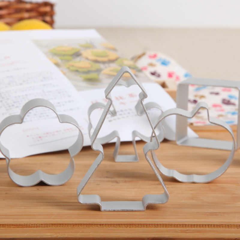 חותך עוגיות עובש עוגיית אלומיניום תלת ממדים כלים לקשט עוגת אפיית צורת בעלי החיים מיקי מאוס Gingerbread Man