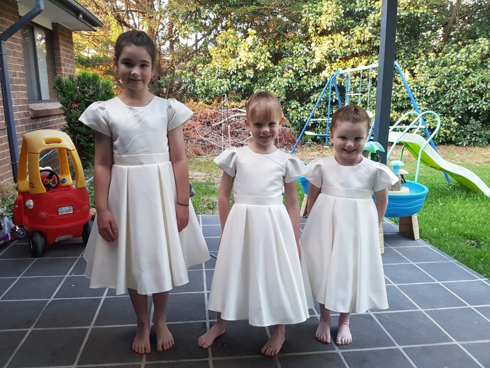 Elegant Satin A-Line   Flower     Girl     Dresses   for Weddings Party 2019 Little   Girls   Holy First Communion Pageant Gowns with Beads