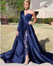 Темно синее платье для выпускного вечера с одним открытым плечом