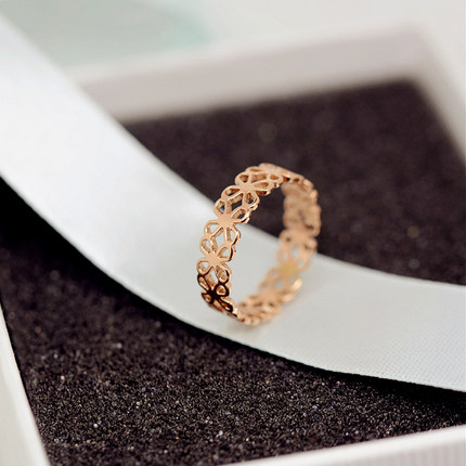 YUN RUO 2017 Rose Gold Colors Hollow Out Flower Finger Ring for Woman Girl Gift Wedding Jewelry 316L Stainless Steel Never Fade