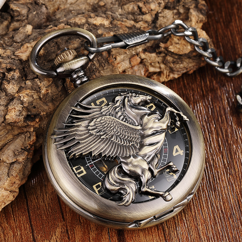 Vintage Hollow Flying Horse Hand Wind Mechanical Pocket Watch Retro Luxury Skeleton Steampunk Necklace Fob Unisex Watch Pendant
