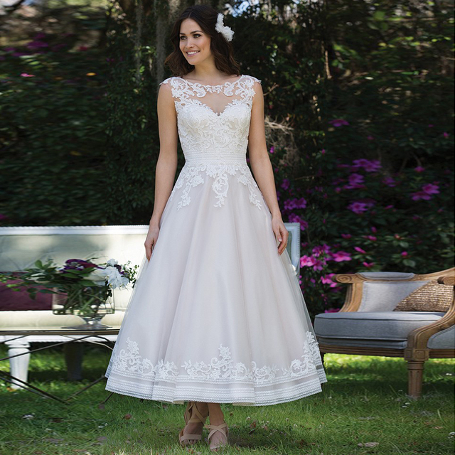 New Arrival Oshiva Ankle Length Bridal Gown With Appliques Empire