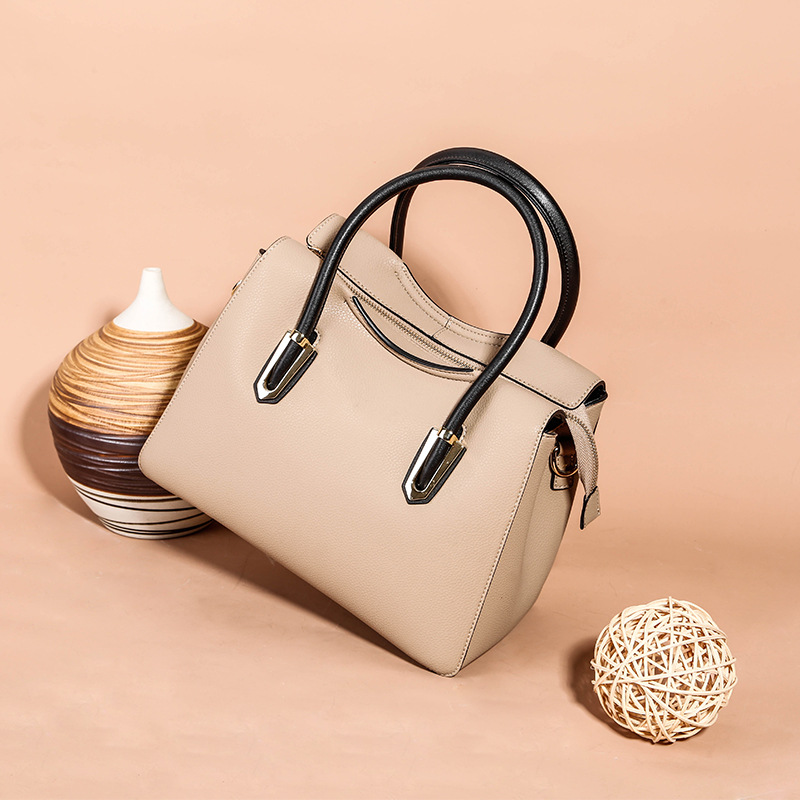 New ladies handbag leather European and American fashion wild bag first layer leather shoulder bag arthur cotterell western power in asia its slow rise and swift fall 1415 1999