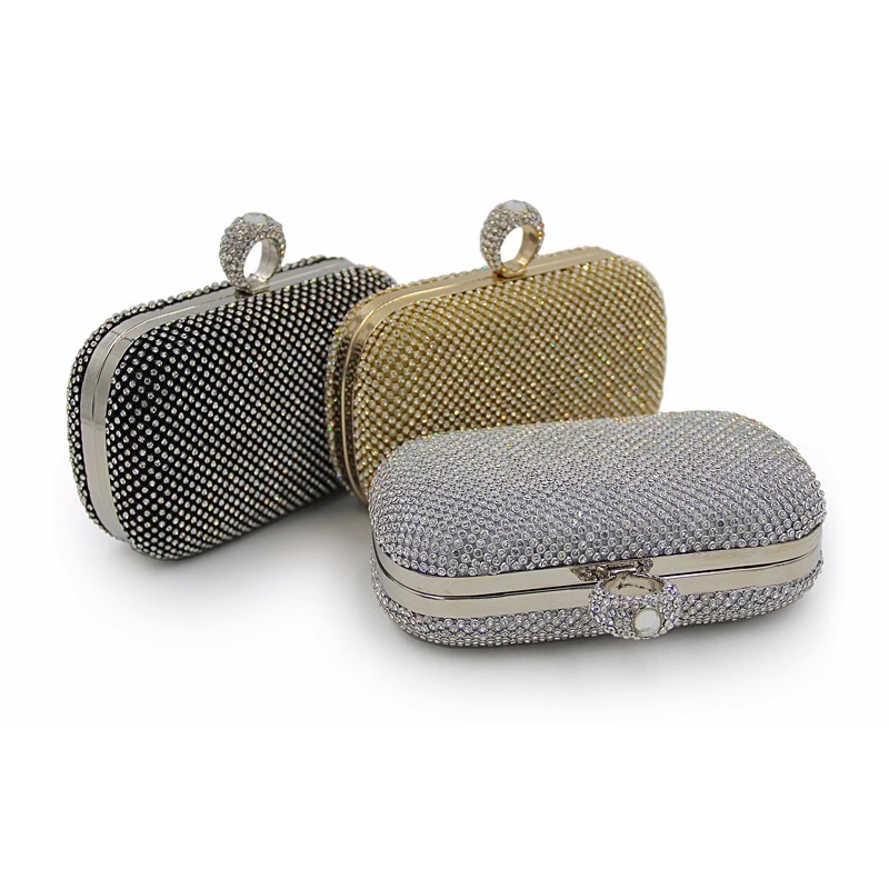 Fashionable Womens Handbags Are Por Among Beautiful S The Small Size Of Red Makes It Easy To Be Carried And Light