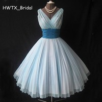 Cute Retro 1950s Bridesmaid Dresses V Neck Sleeveless Light Blue Cheap Elegant Chiffon Short 2018 Prom Dress For Wedding Party