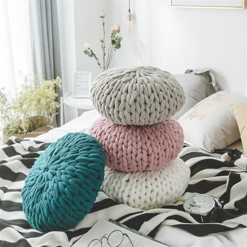 Mode blanc Crochet rond coussins oreillers pour canapé-lit solide à la main tricoté grande boule décoration de la maison siège dos coussin