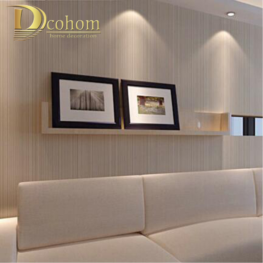 Modern minimalist style wall paper striped solid color non for Sofa para sala de tv