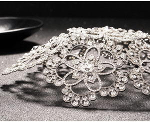 Image 5 - Vintage Prom Pageant Runde Kronen Strass Blume Braut Haar Schmuck Braut Kopfschmuck Tiara Hochzeit Haar Zubehör