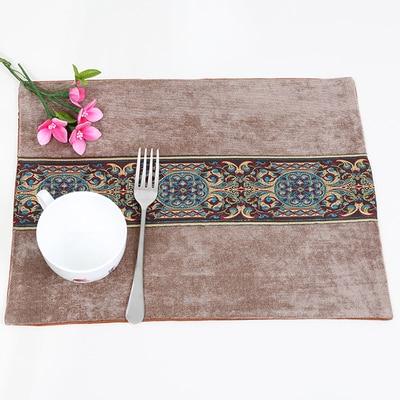 Лоскутный с вышивкой кружевное китайские столовые приборы стол колодки Статуэтка винтажный Европейский стиль бархатная ткань Настольный коврик - Цвет: Коричневый
