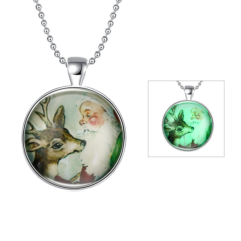 GOMAYA Luminous Christmas Series Cute Sika Deer Round Pendant Necklaces Jewelry Wholesale Fluorescence Necklace Fashion