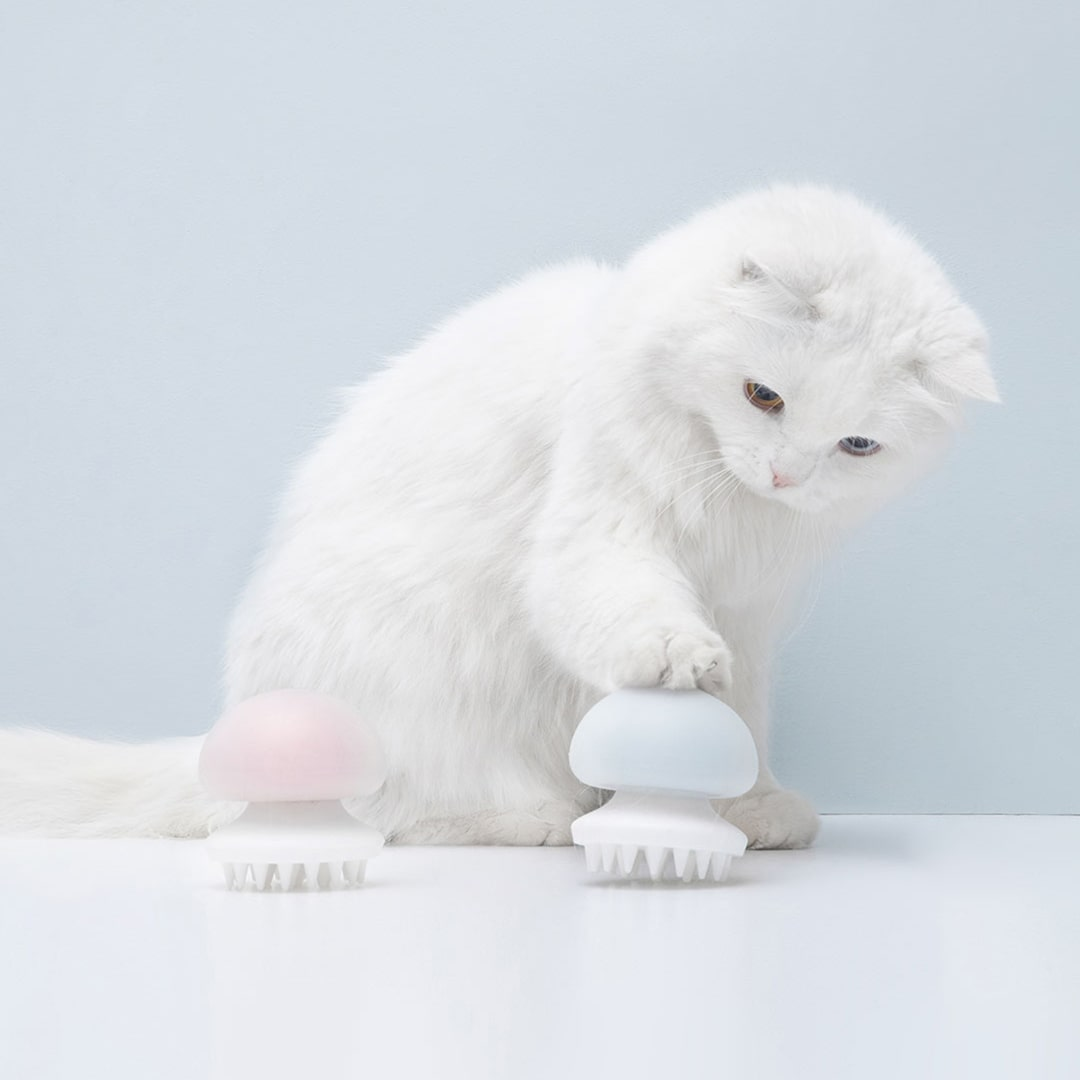 Image 2 - Xiaomi Jellyfish Pet Cat Massager Comb Anti static Hair Massager Comb Brush Cat Grooming Massager Wet/Dry Cat Artifact Toy-in Smart Remote Control from Consumer Electronics
