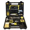 Ящик для инструментов с набором инструментов для автомобиля