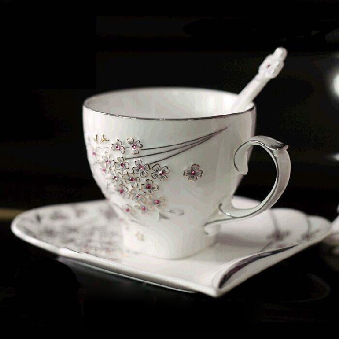 European Style Creative Rhinestones Coffee Mug Saucer Spoon flower Coffee Set Ceramic Porcelain Afternoon Tea Set
