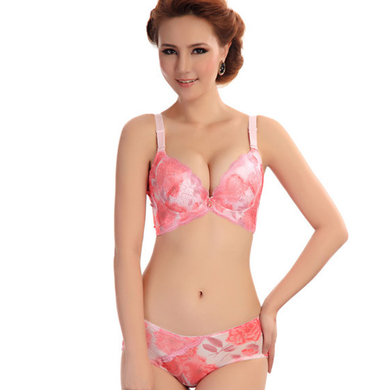 Nice mature with pink bra