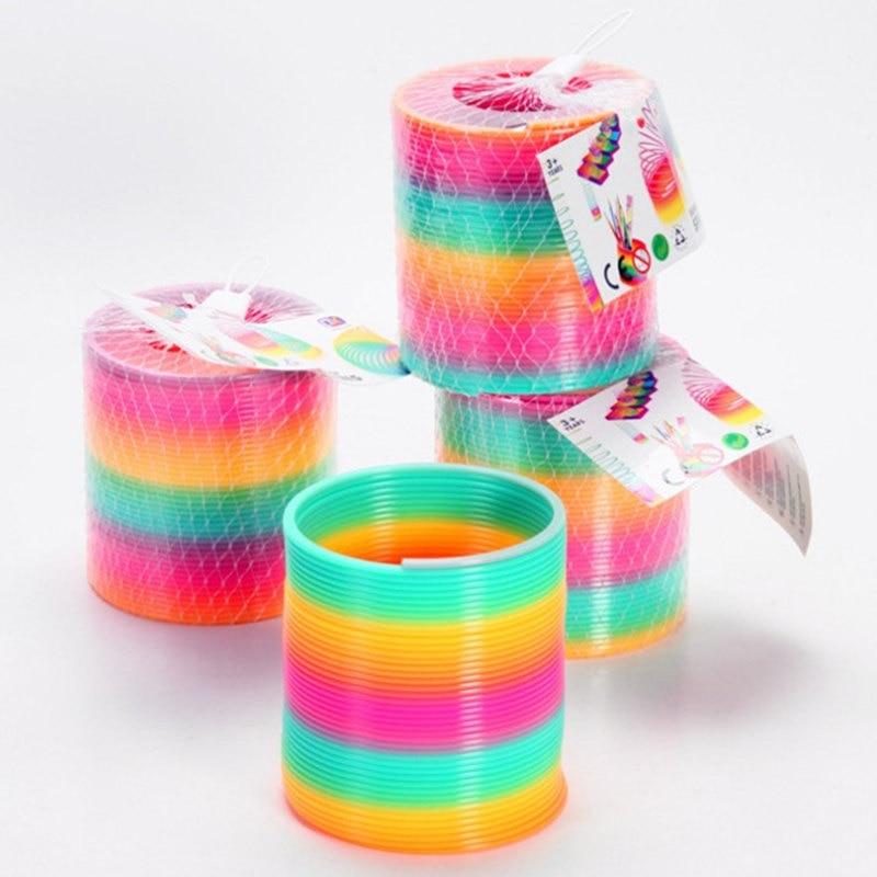 Magic műanyag Slinky szivárványos tavaszi gyerekek Toy 8.7 * 9cm - Újdonság és gag játékok