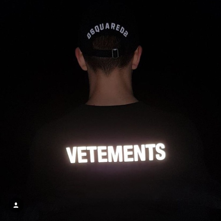 19SS Vetements   T     Shirt   3M Reflective Fasion Men Women High Street Hip Hop   T  -  shirt   Harajuku Cotton Kanye West Vetements Tshirt