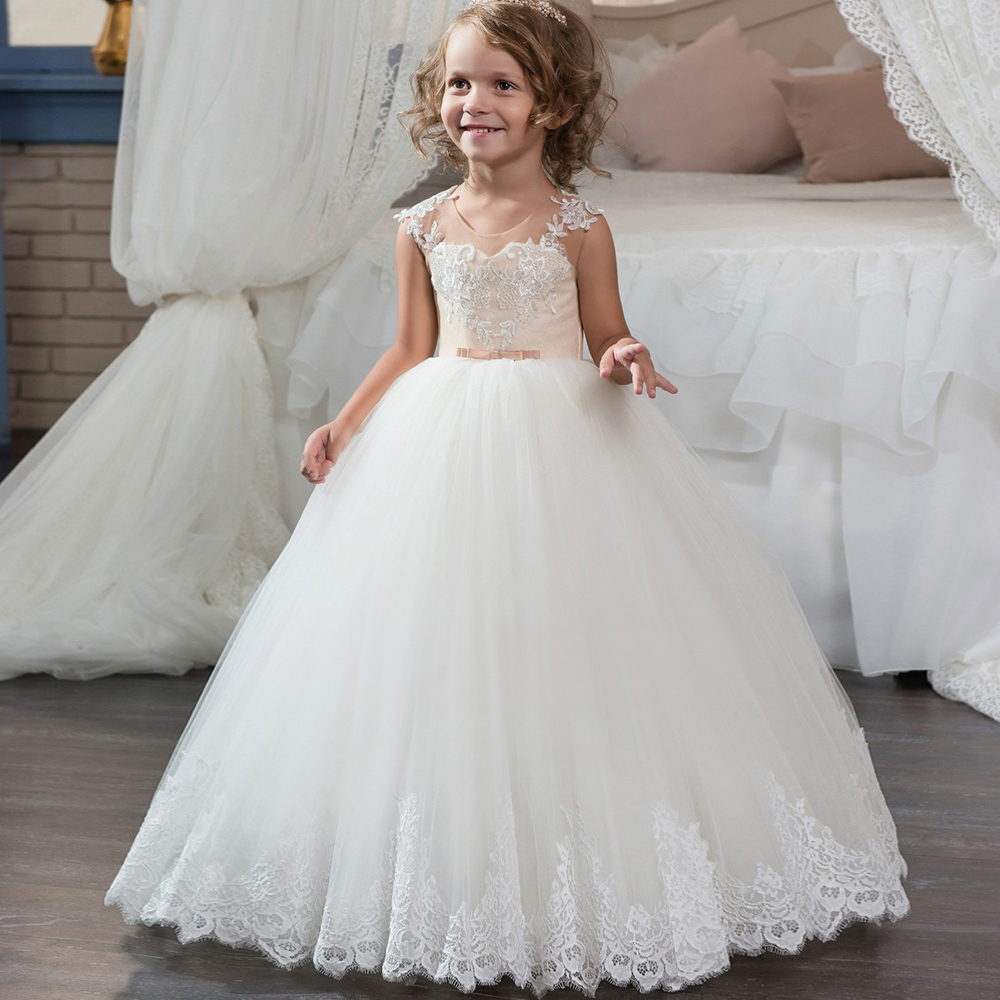 2017 New First Communion Dresses for Girls Champagne Lace Up Sleeveless Ball Gown Appliques Flower Girl