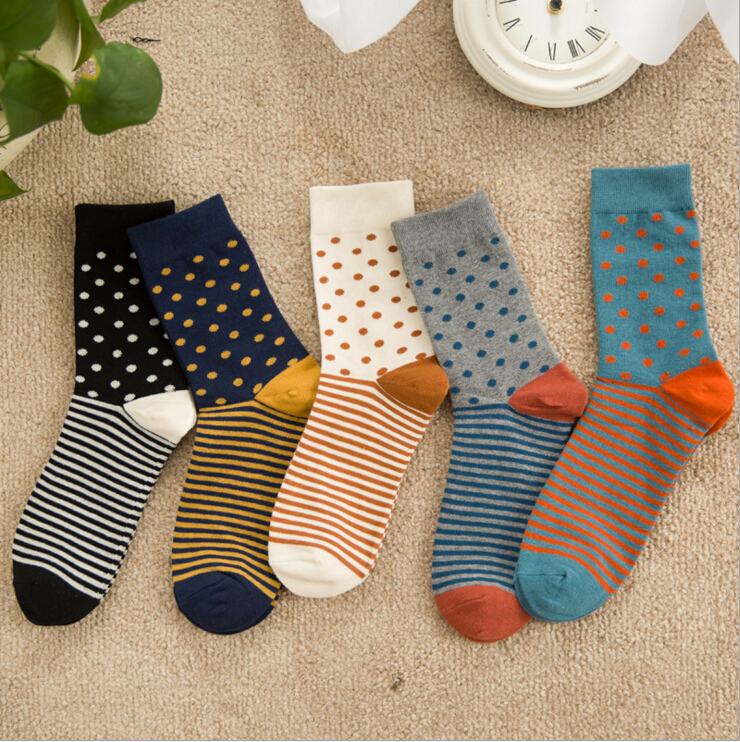 new design high quality combed cotton men autumn winter creative brand happy socks with little contrast color dots and stripes
