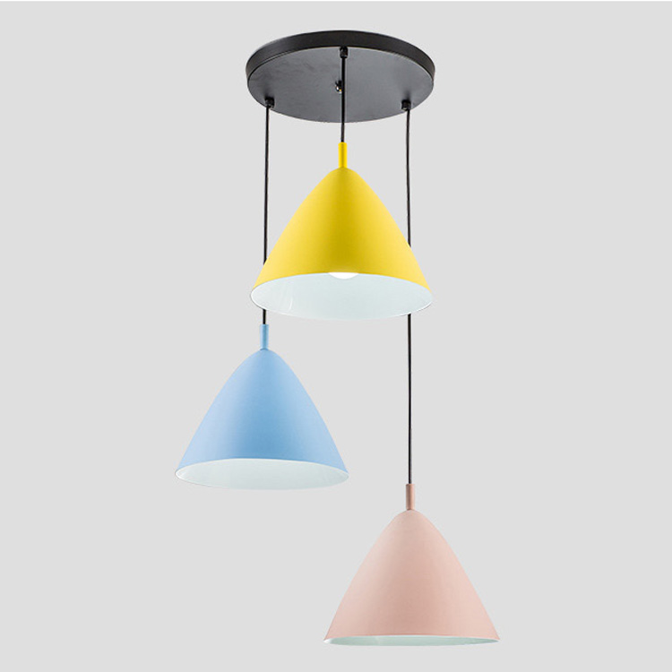Nordic Style Creative Personality Simple Pendant Lights Colorful Restaurant Bar Living Room Entrance Decorative Light