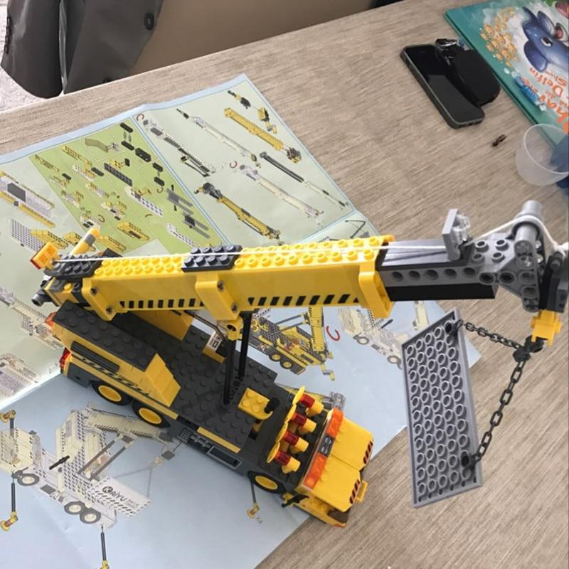 380pcs-City-Engineering-Crane-Series-Building-Blocks-City-Construction-Technic-Enlighten-Bricks-Educational-Toys-for-Children (6)
