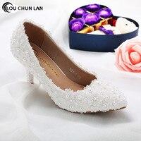 Обувь Для женщин Туфли лодочки Новое поступление обувь высокого качества белые свадебные туфли женский цветок кружева обувь с жемчугом Сва