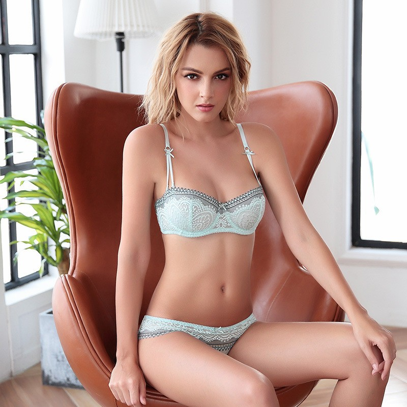 Bra & Brief Sets Nice 2018 New Europe Sexy Bra And Panties Sets Bandage Women Underwear Set Embroidery Lace Lingerie Set Ultrathin Brassiere White Non-Ironing Women's Intimates