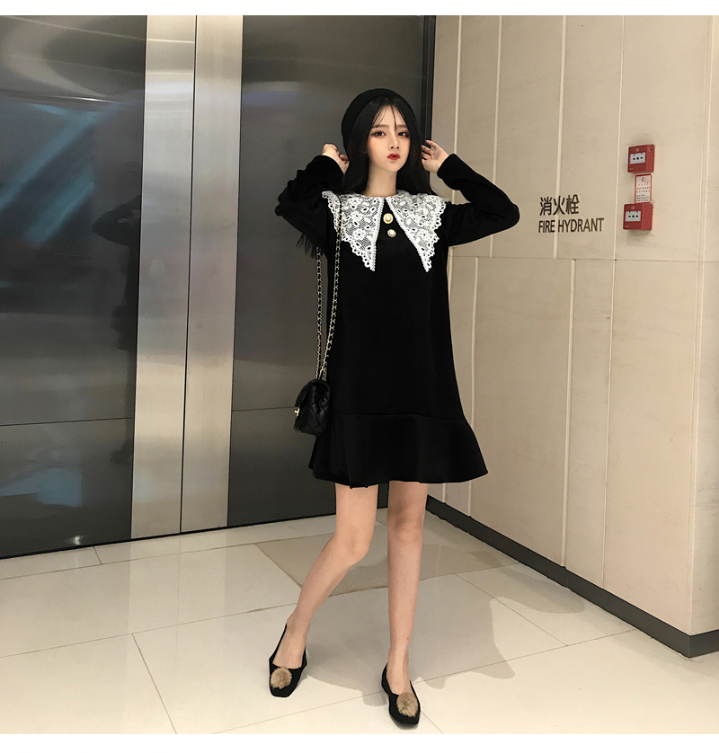 Gothic Style Women Velvet Dresses Black Velour Dress White Crochet Lace Collar Vestidos Mujer Loose Fitting Dress Plus Size (8)