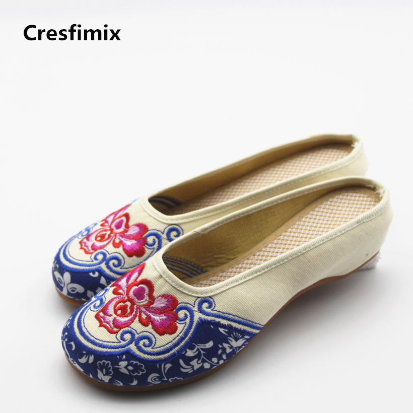 Cresfimix sandalias mujer women casual spring and summer slip on sandals female cute embroidery slippers lady plus size sandals cresfimix women cute spring