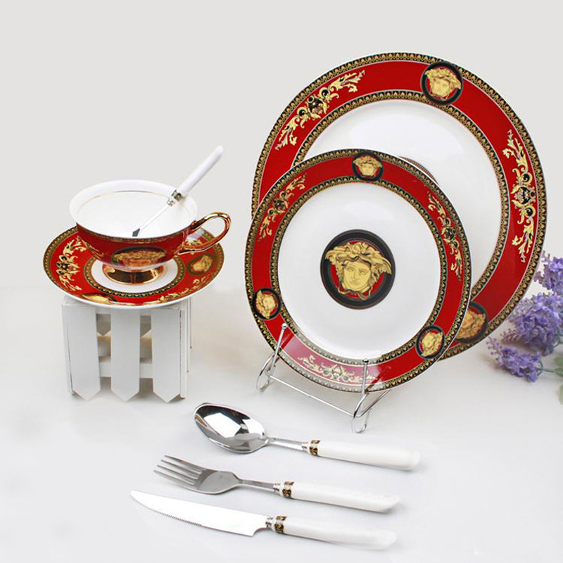 Luxurious Famous Brand Design Bone China Porcelain Dinner Set Ceramic Dinnerware With Cups Forks Knives