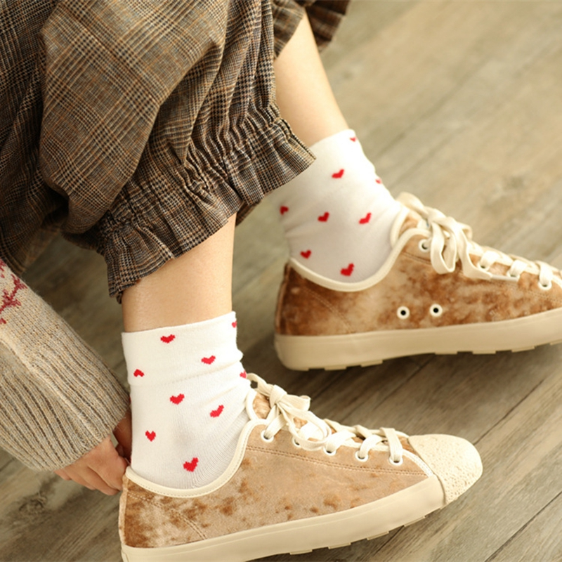 High Grade Cotton Women Heart Socks Autumn New Fashion Print Lovely Lady Good Quality Cute Black Sweet