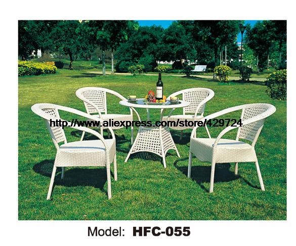 Modern White Small Gardern Table Set 80cm Rattan Round Table 4