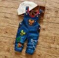 Корейский стиль мальчиков моде джинсовые комбинезоны прекрасный Мультфильм медведи патч нагрудник брюки маленьких мальчиков детская одежда оптовая цена