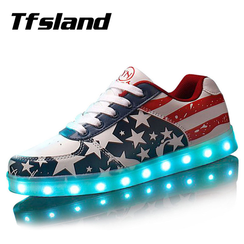 Tfsland Lelaki Wanita LED Light Up Shoes Glowing USB Charger LED Kasut American Flag Print Walking Shoes Soft Lumineuse Sneakers