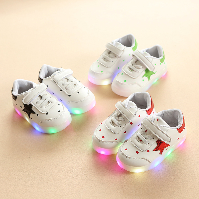 JUSTSL 2018 Spring Autumn Star light boys girls white LED shoes children s  casual shoes kids glowing fashion sneakers-in Sneakers from Mother   Kids  on ... ebcc227476a3
