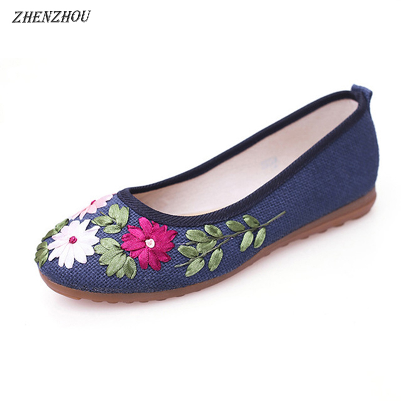 Free shipping 2018 Women Flower Flats Slip On Cotton Fabric Casual Shoes Comfortable Round Toe Flat Shoes Woman Plus Size white lace flower wedding shoes woman flat heel round toe slip on spring autumn plus size 40 41 woman s wedding flats shoes