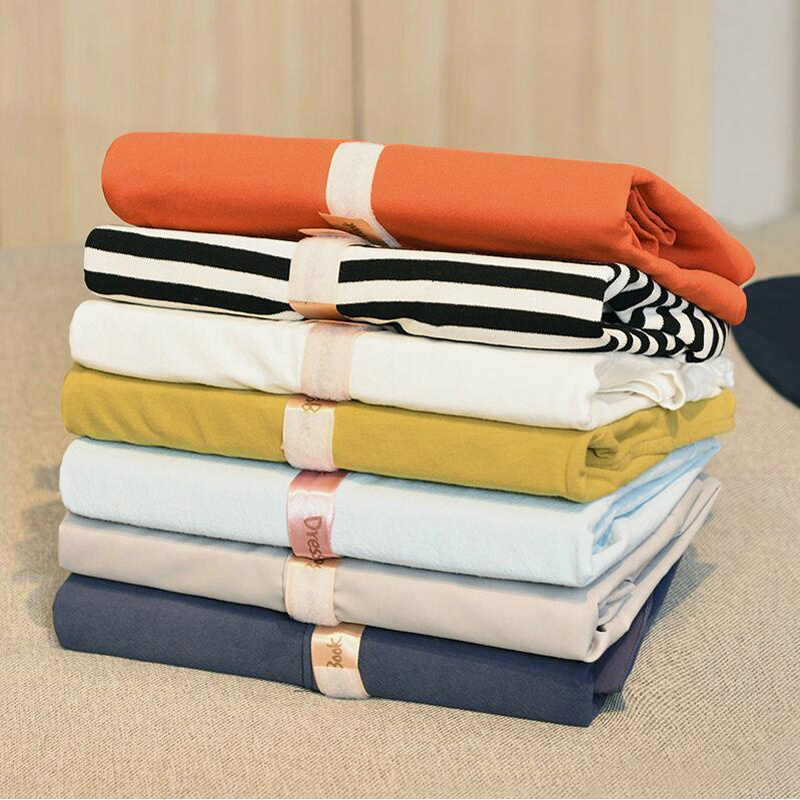 050 Multifuncitonal Simple Clothes Folding Board Easy Fold Organize Save Time Magic Fast Speed T Shirt Clothes in Clothes Pegs from Home Garden