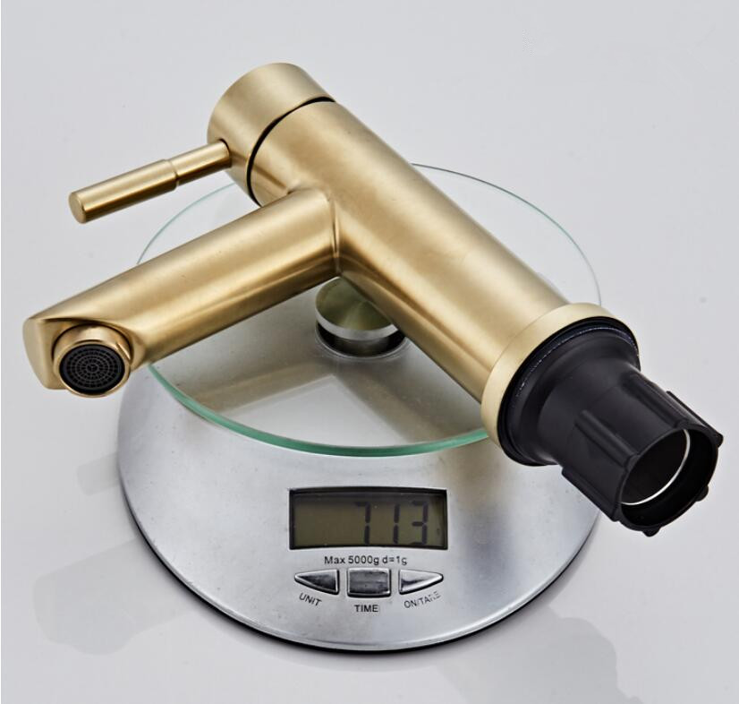 HTB1jrQdTNYaK1RjSZFnq6y80pXaf Bathroom Faucet Solid Brass Bathroom Basin Faucet Cold And Hot Water Mixer Sink Tap Single Handle Deck Mounted Brushed Gold Tap