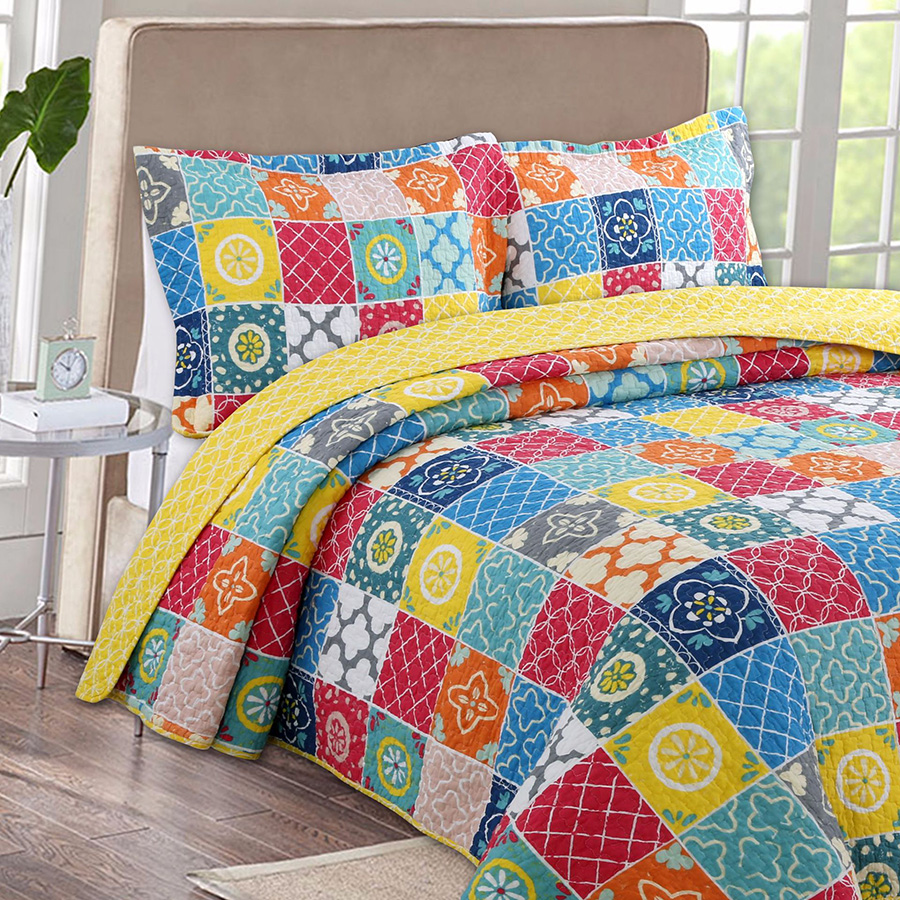 Pastoral style Bedspread Quilt Set 3pcs Coverlet Patchwork Printed Cotton Quilts Bed Cover Pillowcase King Size Quilted BlanketPastoral style Bedspread Quilt Set 3pcs Coverlet Patchwork Printed Cotton Quilts Bed Cover Pillowcase King Size Quilted Blanket