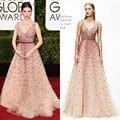 Anna Kendrick Golden Globe Vestidos de La Celebridad Sin Mangas Sexy Escote En V Pink Vestidos de Noche Con Rebordear Rojo vestido de festa