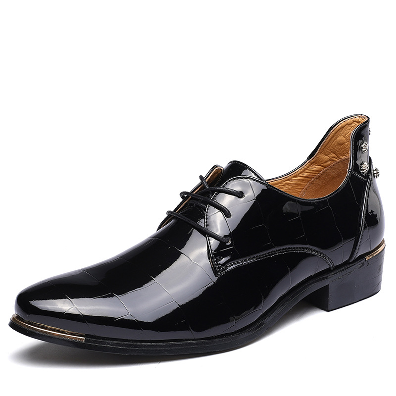 New Rivets Men Dress Shoes Autumn Fashion Patent For High Quality Casual Mens Flats Wedding