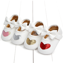 Hot Spring and Autumn 0-1 Years old New heart Girl four Color Baby Princess Shoes love