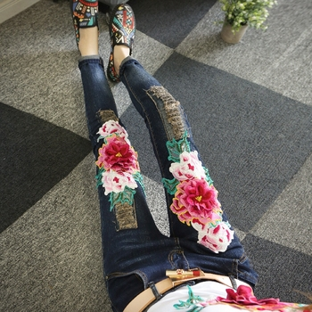 2018 New Spring Autumn Fashion Women's Jeans Hole Ripped Peony Embroidery Casual Full Length Pants Female Long Trousers фото