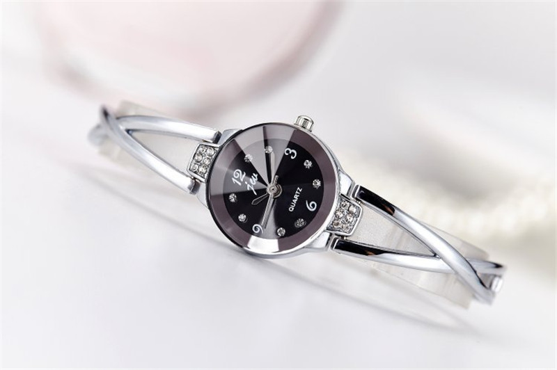 New Fashion Rhinestone Watches Women Luxury Brand Stainless Steel Bracelet watches Ladies Quartz Dress Watches reloj mujer Clock 18