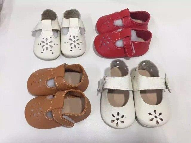 2017 новая лазерная резка цветы Лепнина Из Натуральной Кожи детская обувь для девочек Первые Ходоки ребенка Малыша мокасины детские mary jane Shoes