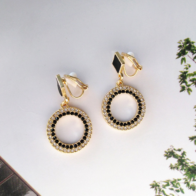 Black Crystal Metal Round Clip Earring NO Pierced With Stone White Rhinestone Elegant Clip on Earrings Without Piercing Ear Hole 5
